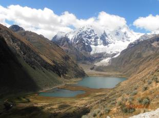 the complete tour of the huayhuas mountain range circuit exclusive for lovers of nature and adventure in Huaraz Ancash Peru, uiagm mountain guides